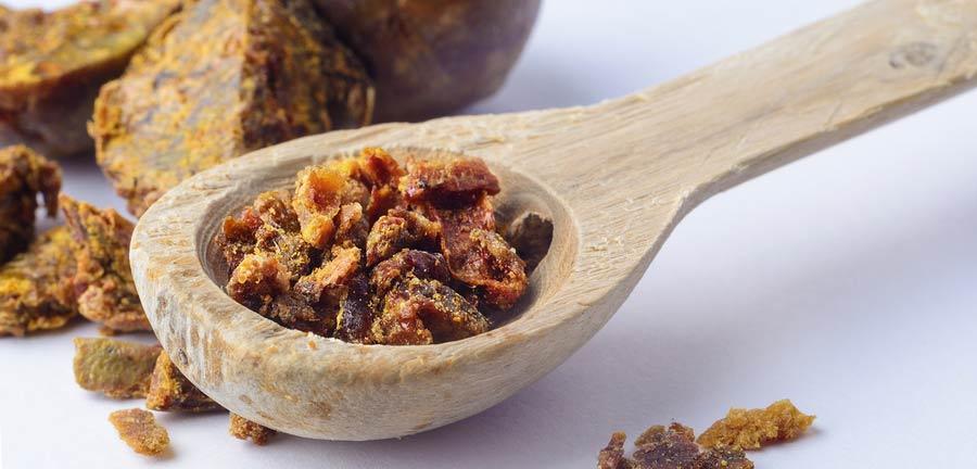 Včelí produkt propolis má antibakteriálne a protizápalové účinky
